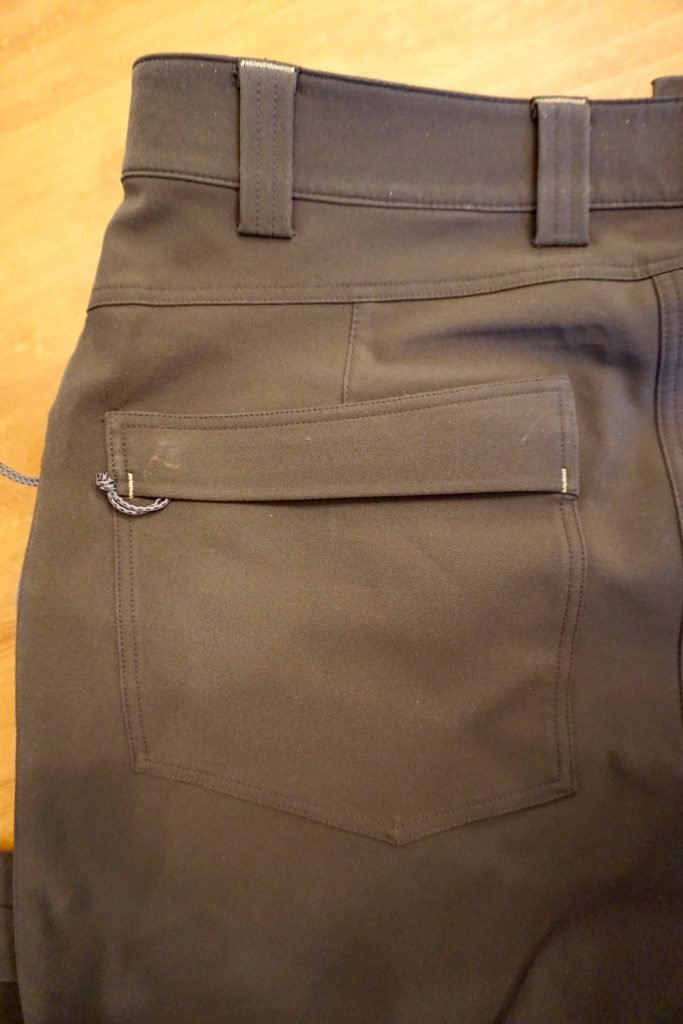 kuiu pants pockets