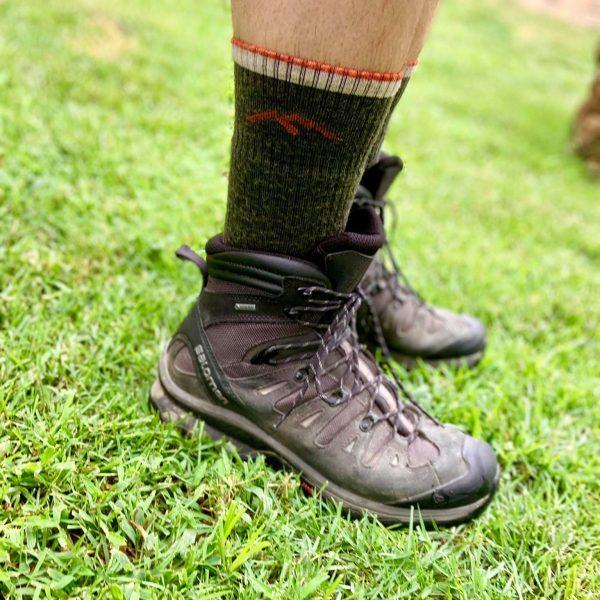 darn tough hiking socks review