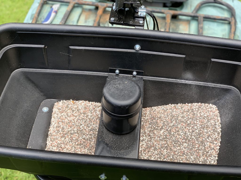inside of guide gear utv spreader