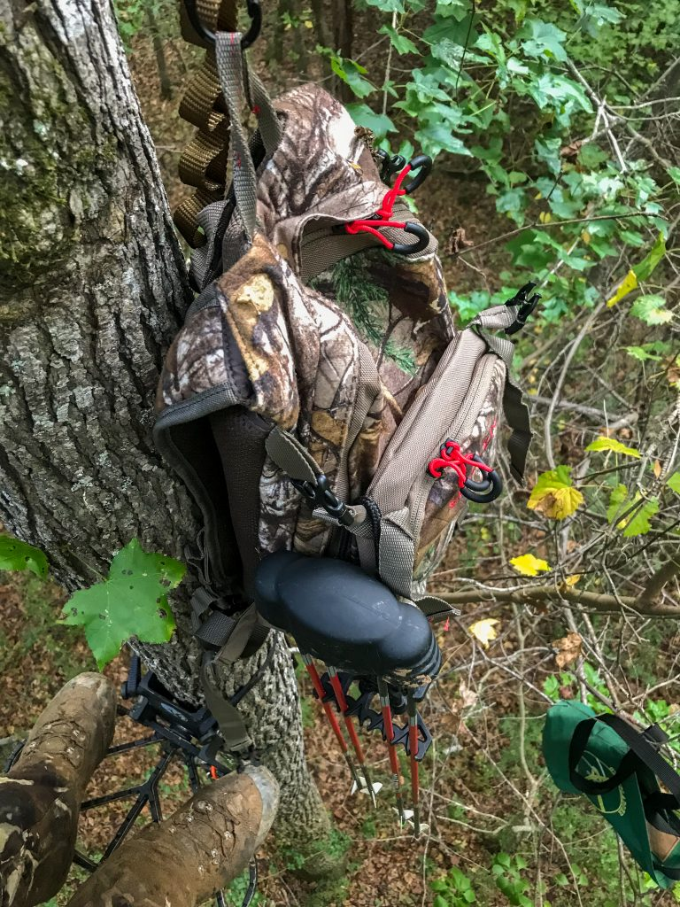 lightweight hunting pack for whitetail